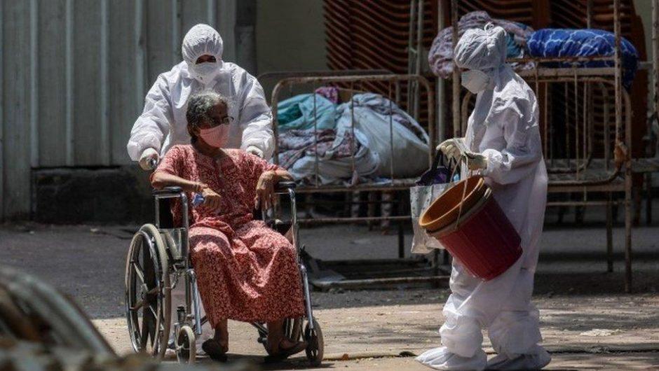 First UK aid arrives as coronavirus deaths mount